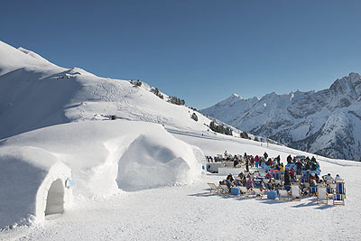 Mayrhofen ski holiday by train